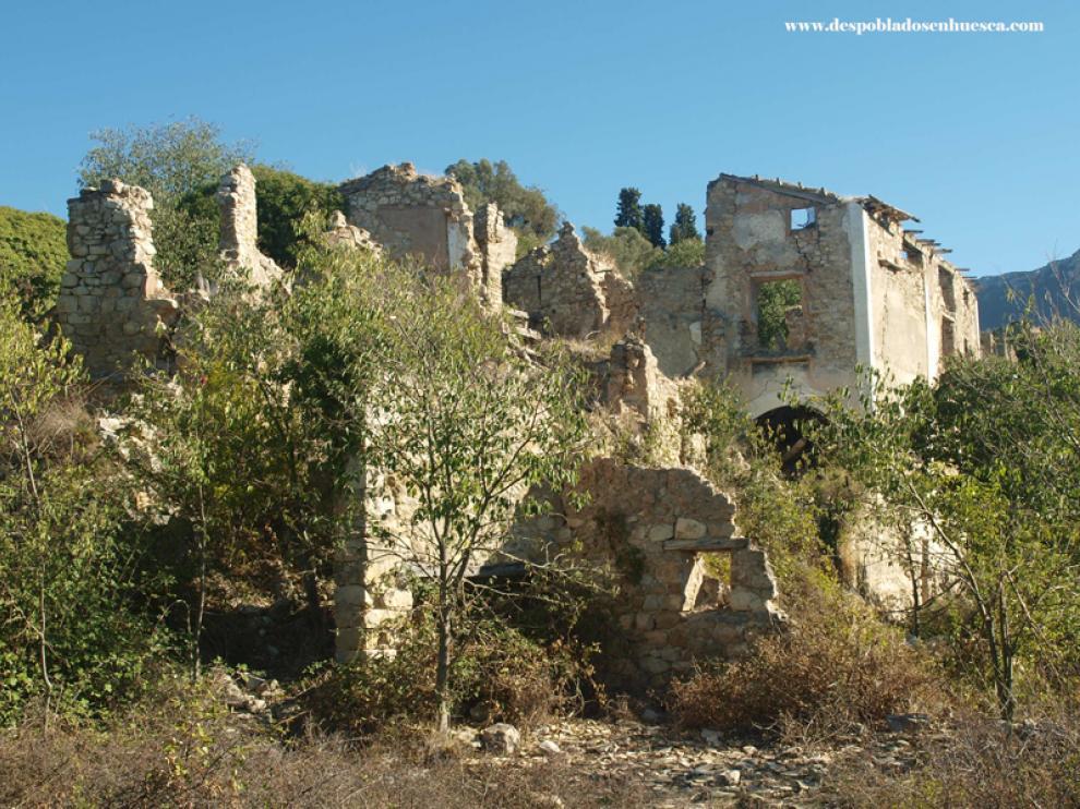 Puicinca, uno de los pueblos abandonados junto al río Cinca