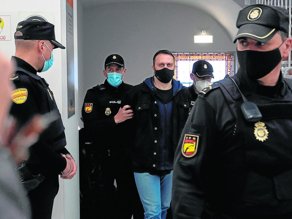 El acusado, Norbert Feher, ayer, en la Audiencia de Teruel.