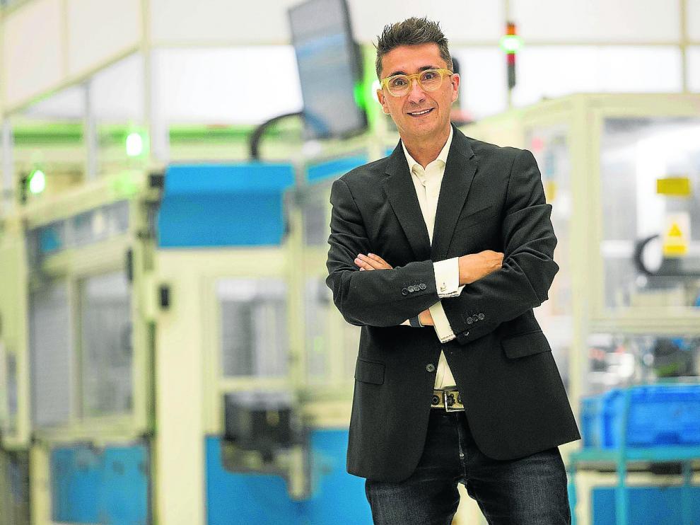 Pedro Pablo Andreu, director general de la empresa Fersa Bearings, fabricante de rodamientos, en la planta zaragozana.