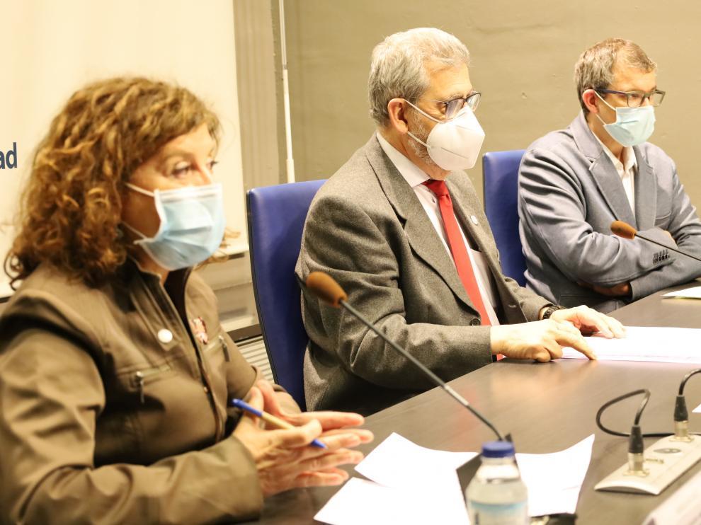 Ángela Alcalá, José Antonio Mayoral y Raúl Camarón.