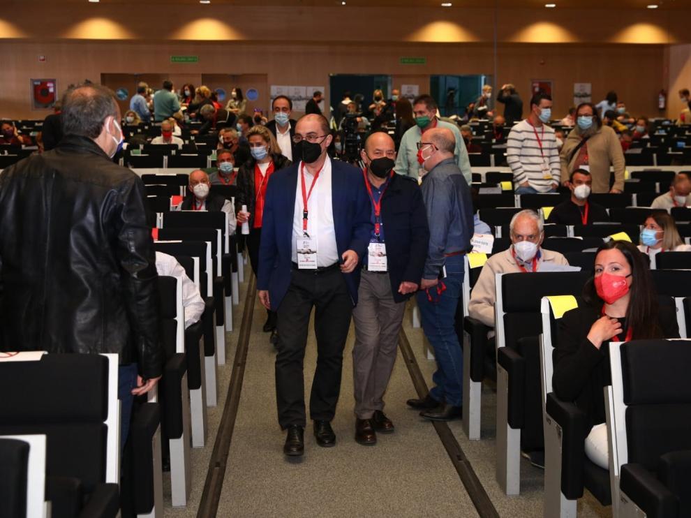 Daniel Alastuey y Javier Lambán, al inicio del VIII congreso de UGT Aragón.