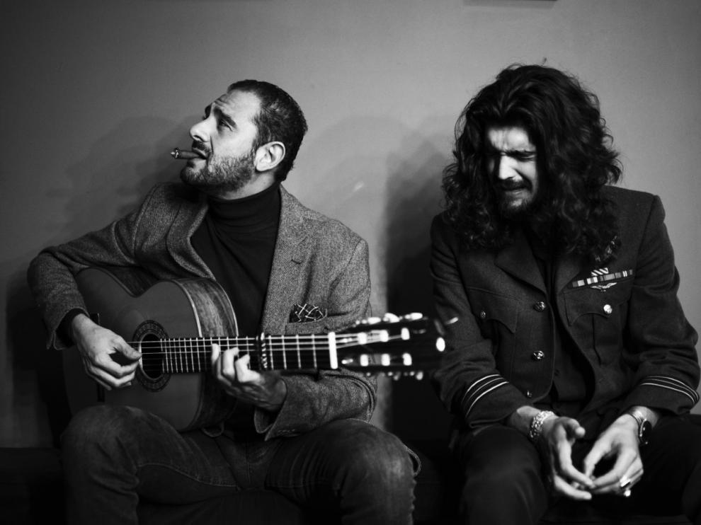 Diego del Morao e Israel Fernández, en la portada del disco 'Amor'