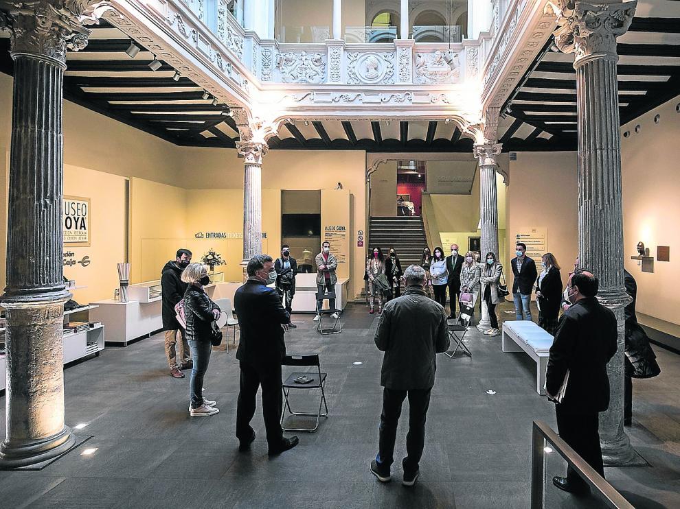 5 de abril de 2021. 10.30. Recepción de invitados al foro organizado por HERALDO en el monumental patio del Museo Goya