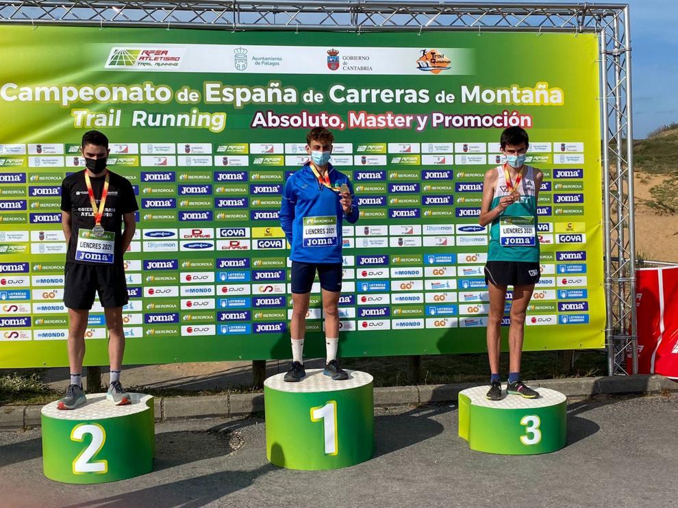 Álvaro Osanz, en el tercer cajón del podio.