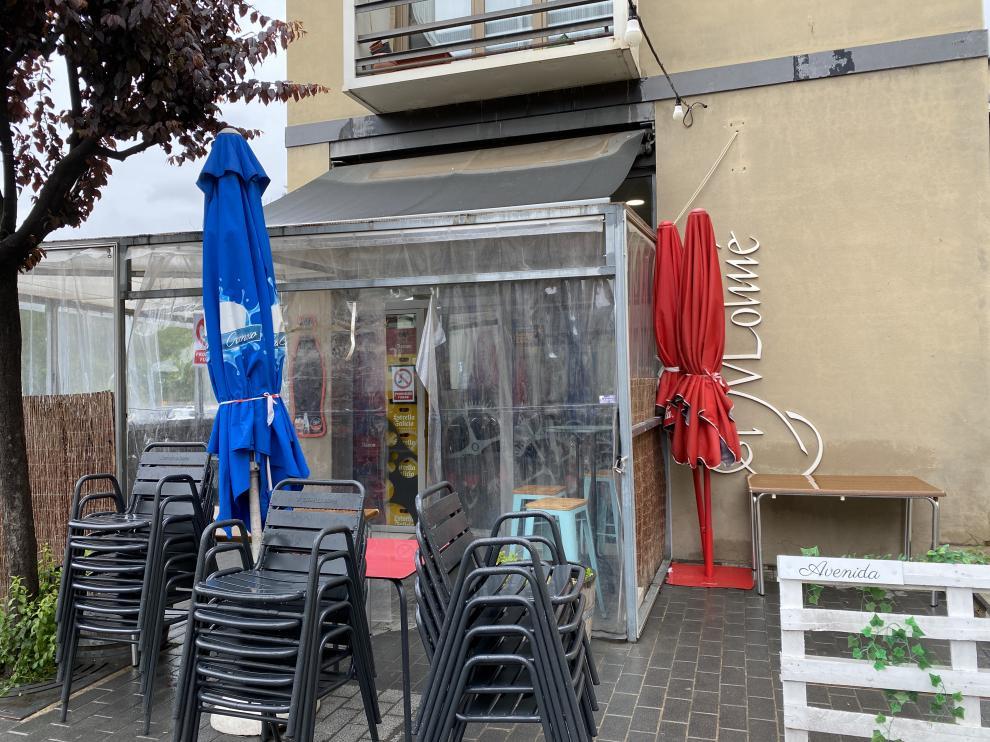 Bar de Barbastro en el que se cometió el robo.