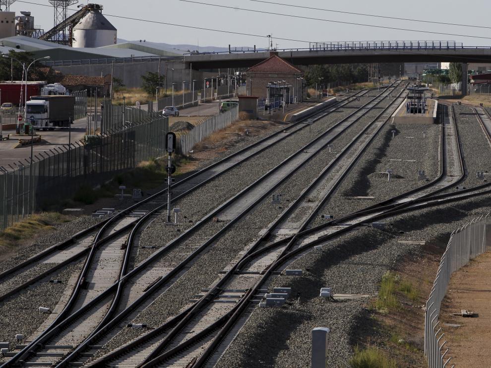 Obras Ramal ferroviario,Poligono Platea-Cella. Fotos: Javier Escriche. 24-08-10.[[[HA ARCHIVO]]]