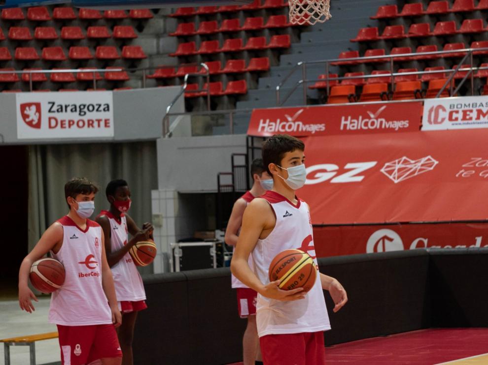 El Basket Zaragoza abre las puertas este fin de semana a los jóvenes talentos del baloncesto.