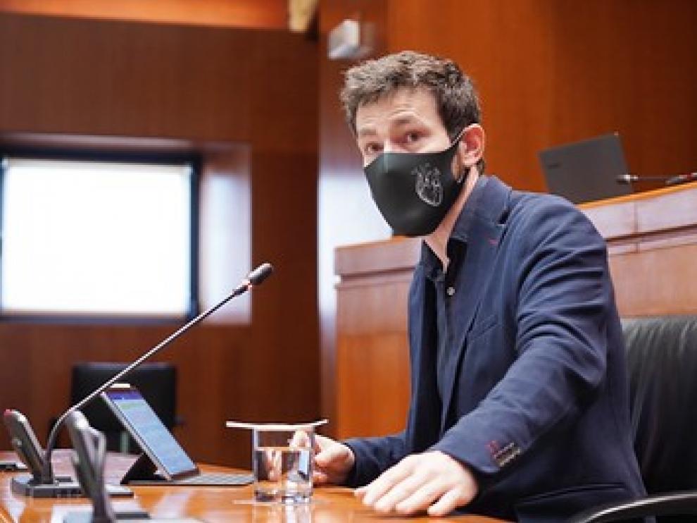Ramón Guirado ha comparecido este jueves en la comisión de Ciencia y Universidad de las Cortes de Aragón