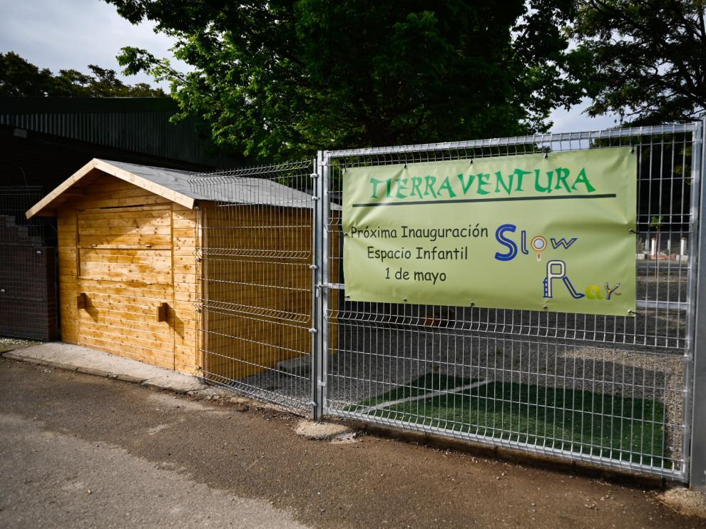La nueva zona infantil en el Parque Deportivo Ebro.