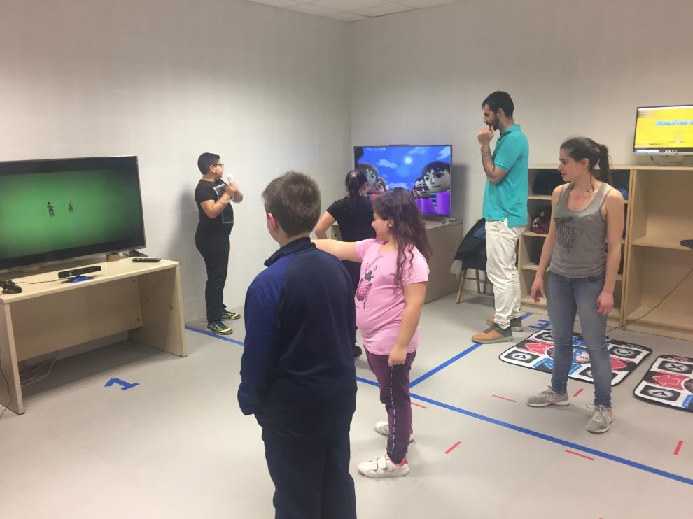 Una imagen del proyecto de la Universidad de Zaragoza que ha sido galardonado. En él participaron 92 niños/as de entre 9 y 11 años con sobrepeso u obesidad que fueron aleatoriamente divididos en 2 grupos.