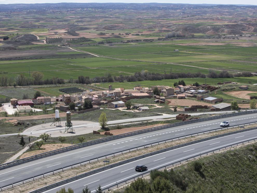 Autovía A-2 a su paso por el municipio zaragozano de Contamina