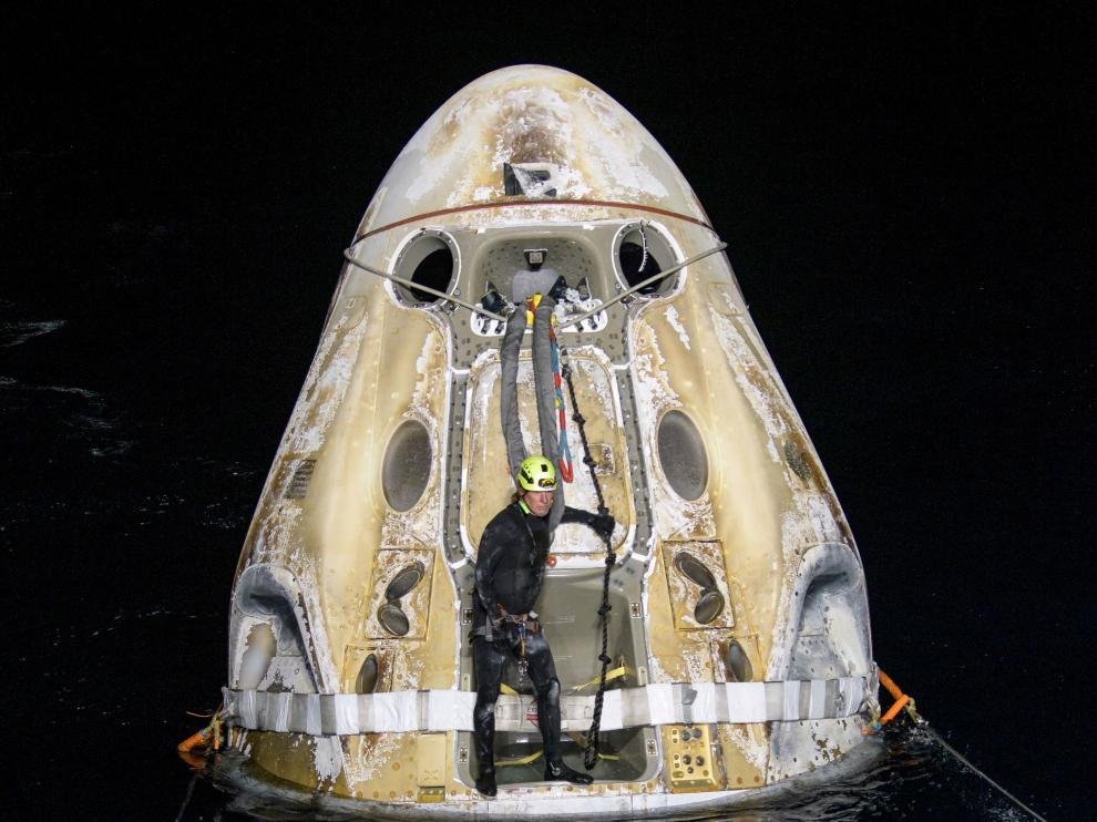 NASA's SpaceX Crew-1 splashdown in the Gulf of Mexico