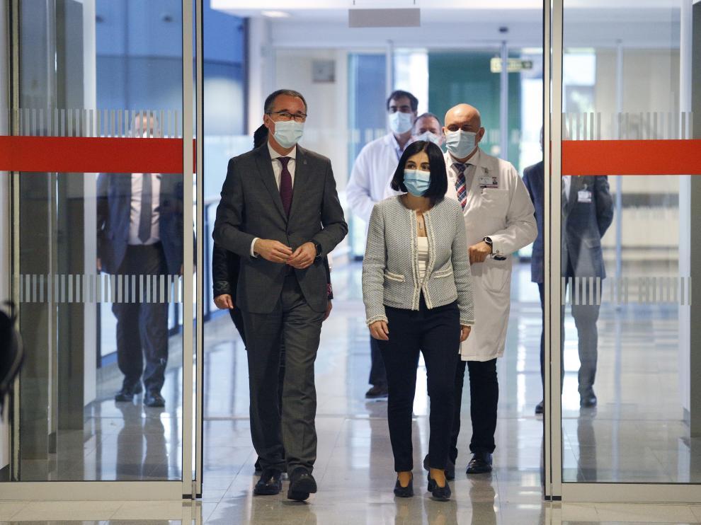 La ministra Darias durante una visita al Hospital Universitario Central de Asturias