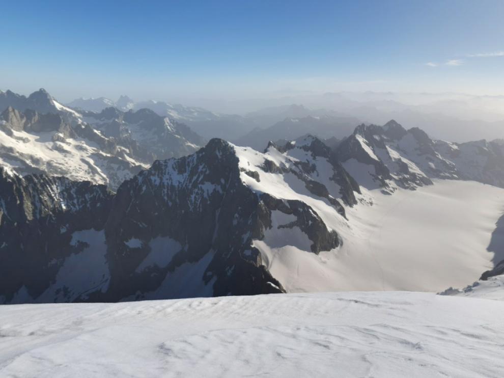 Tres esquiadores murieron en el macizo montañoso de Ecrins