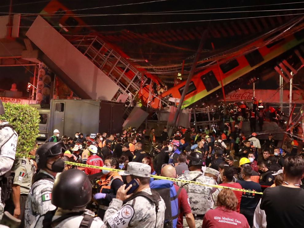 Desplome de un metro en Ciudad de México.