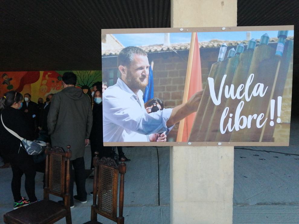 Funeral por el periodista asesinado en Burkina Faso David Beraín.