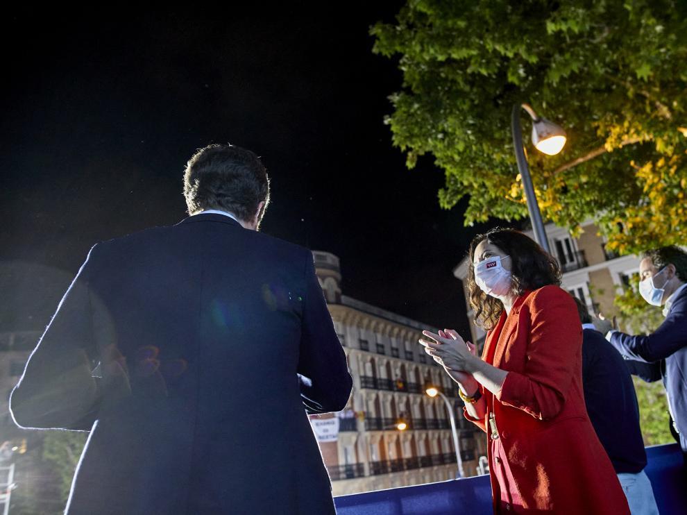 Su victoria en Madrid modifica el equilibrio de fuerzas en el ámbito nacional en favor del PP.