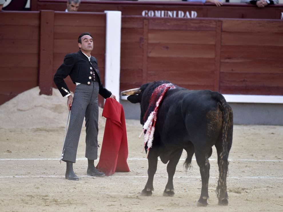 Enrique Ponce, durante su faena en la plaza de toros de Las Ventas de Madrid, el pasado 2 de mayo.
