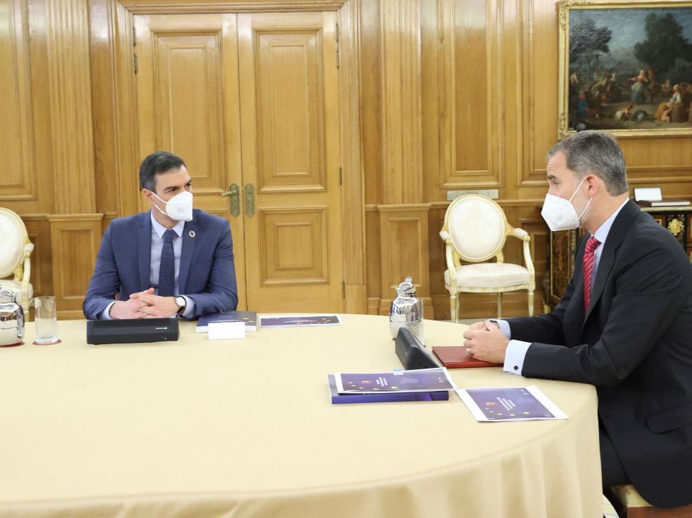Sánchez presenta al rey el Plan de Recuperación de la economía
