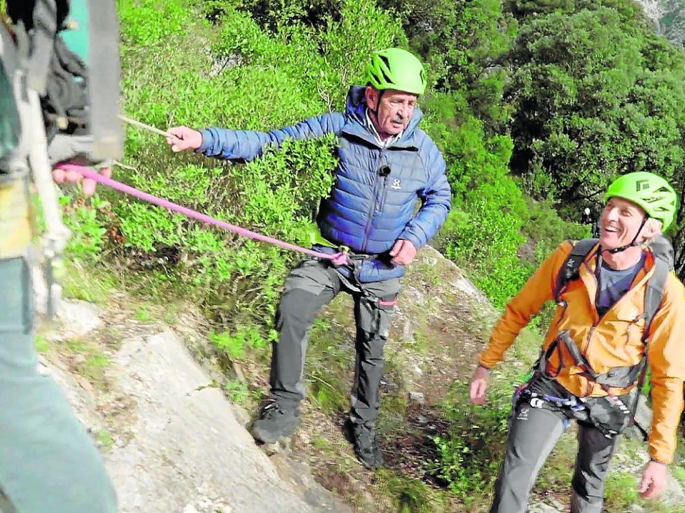 Miguel Ángel Revilla y Jesús Calleja, en las montañas cántabras
