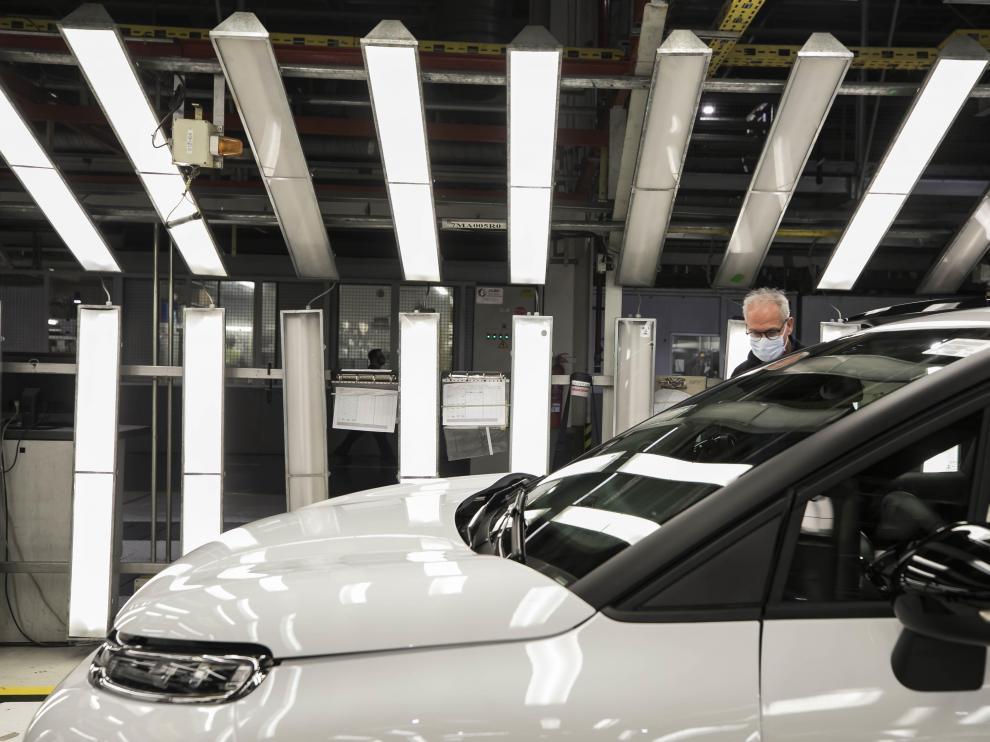 [[[HA ARCHIVO]]] Fecha: 12/03/2021 Autor: MESTRE, GUILLERMO descri: Planta de Opel PSA (grupo Stellantis) en Figueruelas. Instalaciones de la nave de Acabado Final en la planta de Opel PSA (Stellantis) en Figueruelas. Trabajadores, operarios. Recurso. notas: Fecha de entrada:13/03/2021