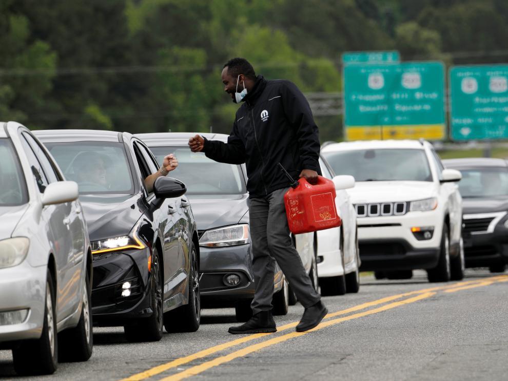 El miedo a la falta de abastecimiento provocó colas en las gasolineras