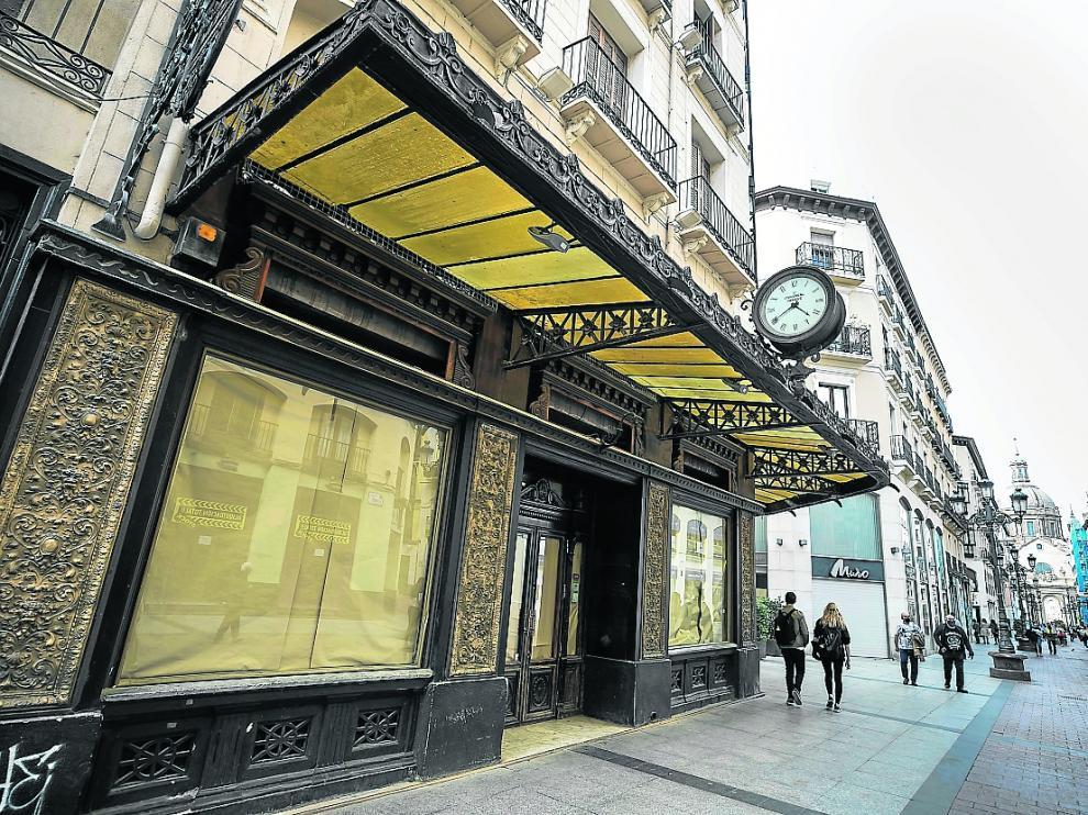 La antigua joyería, que albergó el Gran Café Zaragoza, se convertirá en cafetería-restaurante
