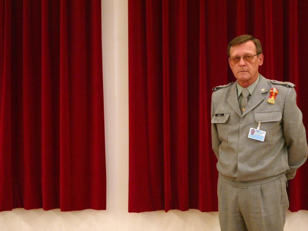 teniente general Juan Antonio Álvarez.