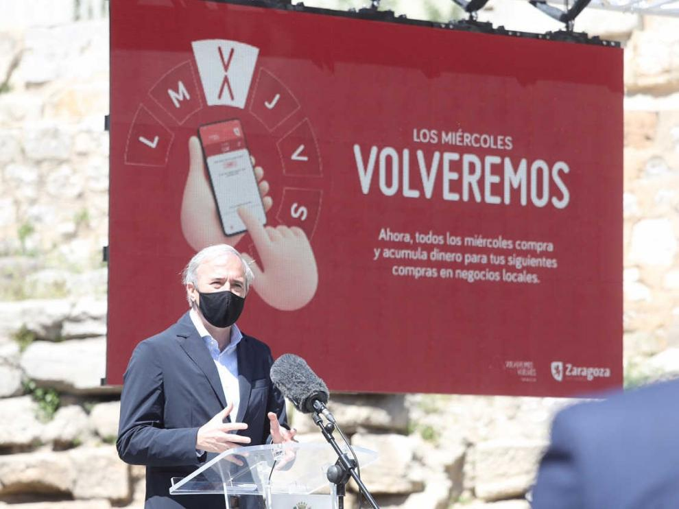 El alcalde Jorge Azcón en la presentación de la campaña 'Volveremos' en Zaragoza