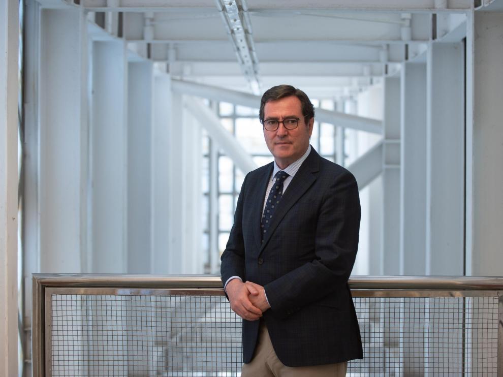 Antonio Garamendi, presidente de la CEOE, en la sede de Zaragoza.