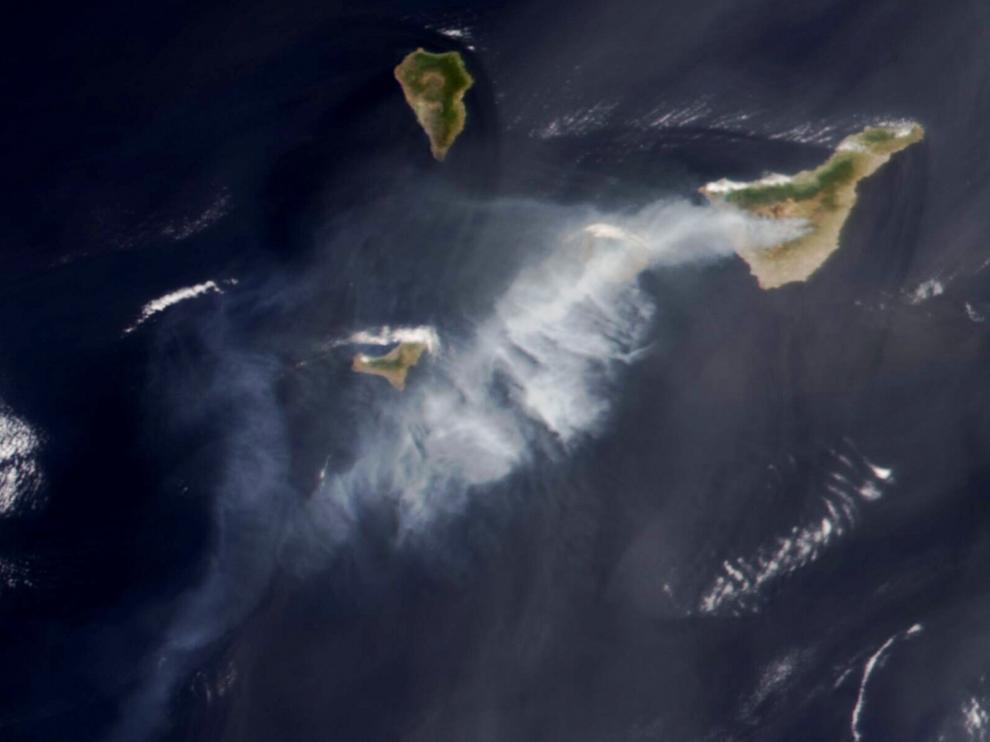 Imagen del incendio tomada desde un satélite de la NASA