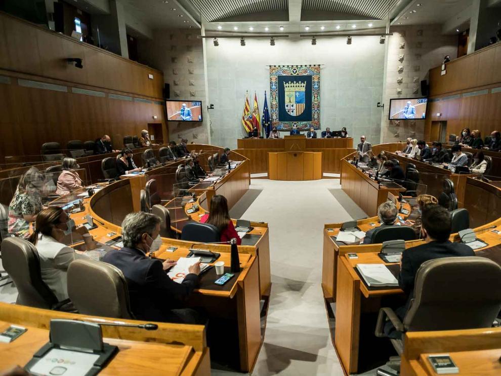 Pleno de las Cortes de Aragón del 21 de mayo, el último de Javier Lambán antes de ser operado de cáncer de colon