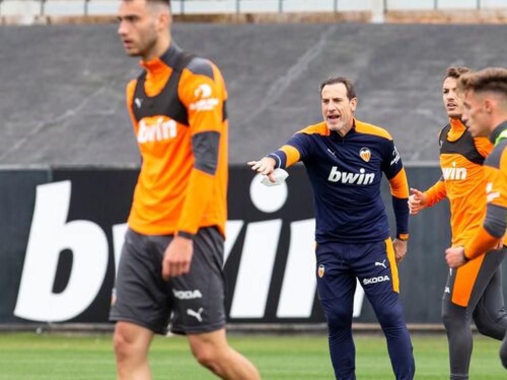 Voro, durante un entrenamiento con el Valencia.