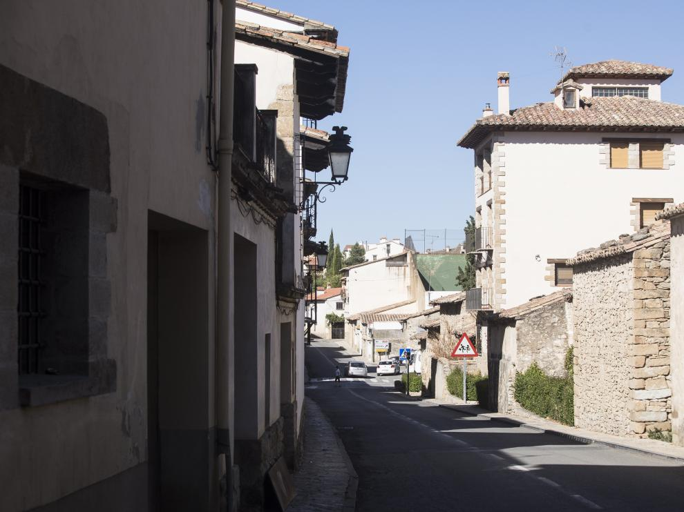 El cuartel de la Guardia Civil se ubica junto a la travesía de Rubielos de Mora, en la foto.