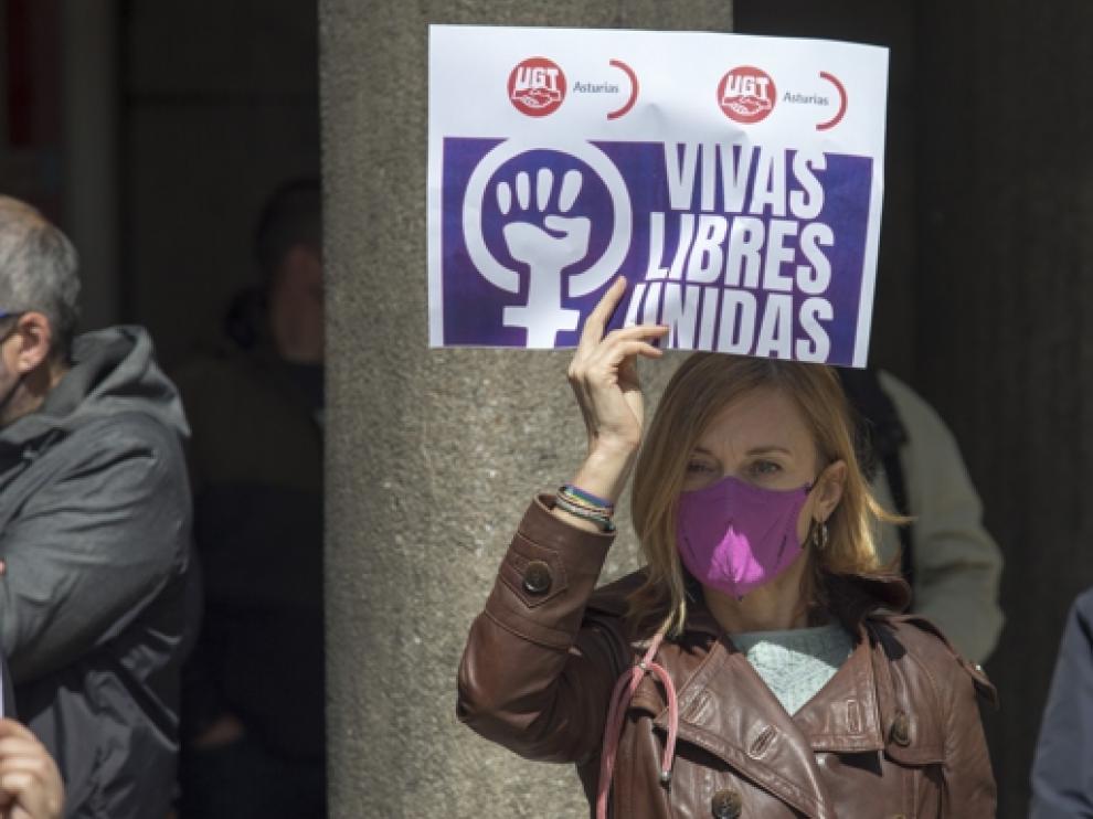 Concentración contra la violencia machista, en Oviedo
