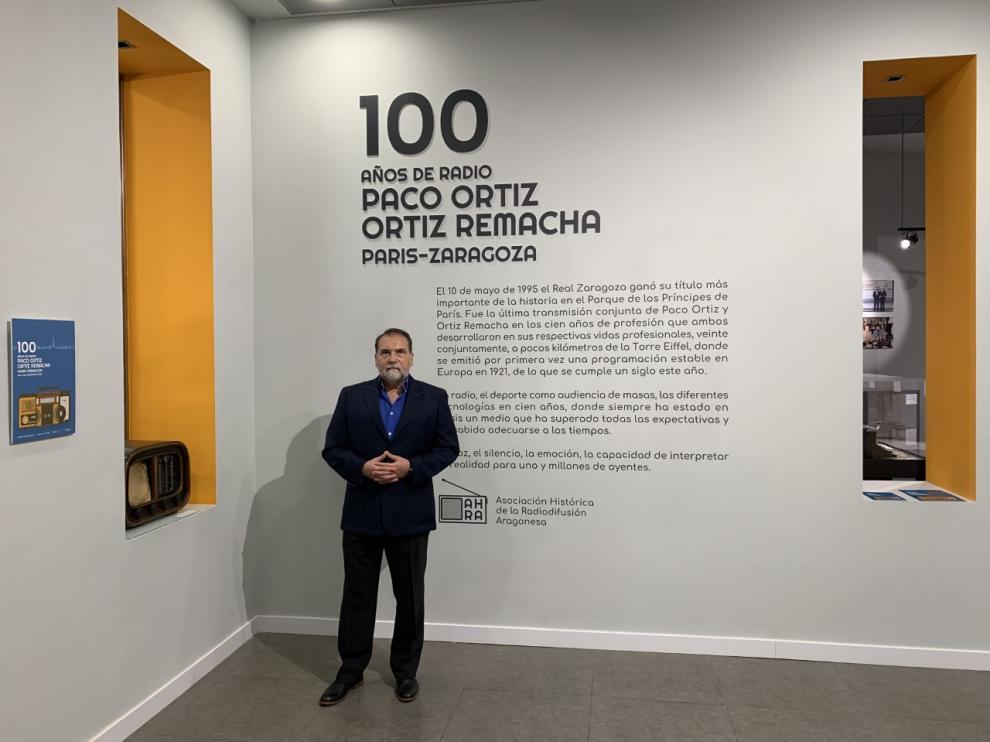 Una historia de la radio de Paco Ortiz y Ortiz Remacha.