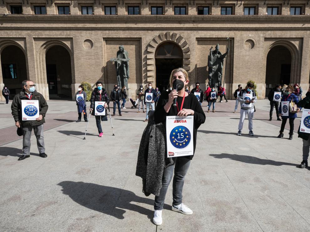 [[[HA ARCHIVO]]] Fecha: 11/03/2021 Autor: DUCH, OLIVER descri: Protesta de los trabajadores interinos del Ayuntamiento de Zaragoza. notas: Fecha de entrada:12/03/2021