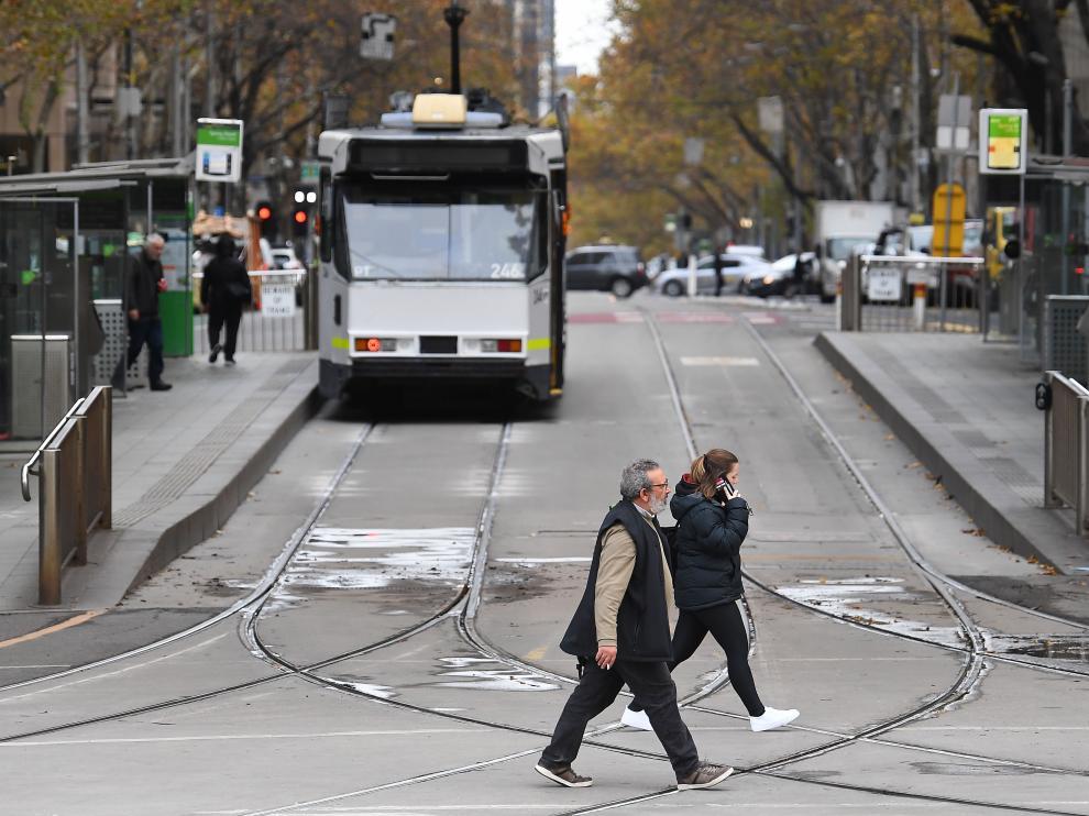 Tranvía circulando por una calle de Melbourne