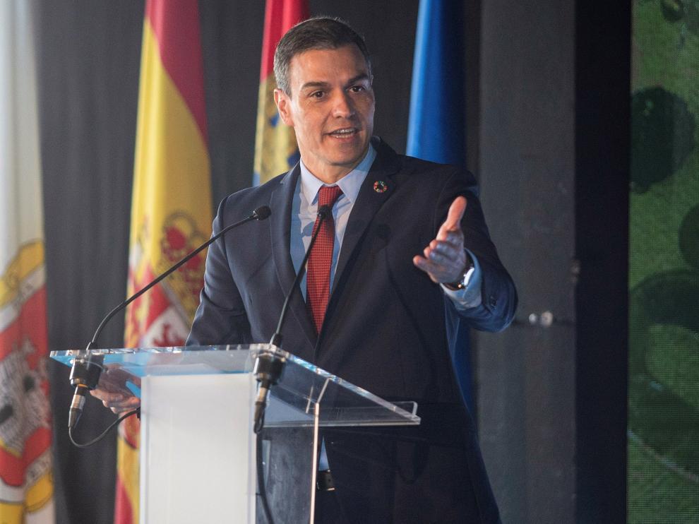 Sánchez, Casado y otros políticos asisten en Soria a la feria Presura sobre despoblación