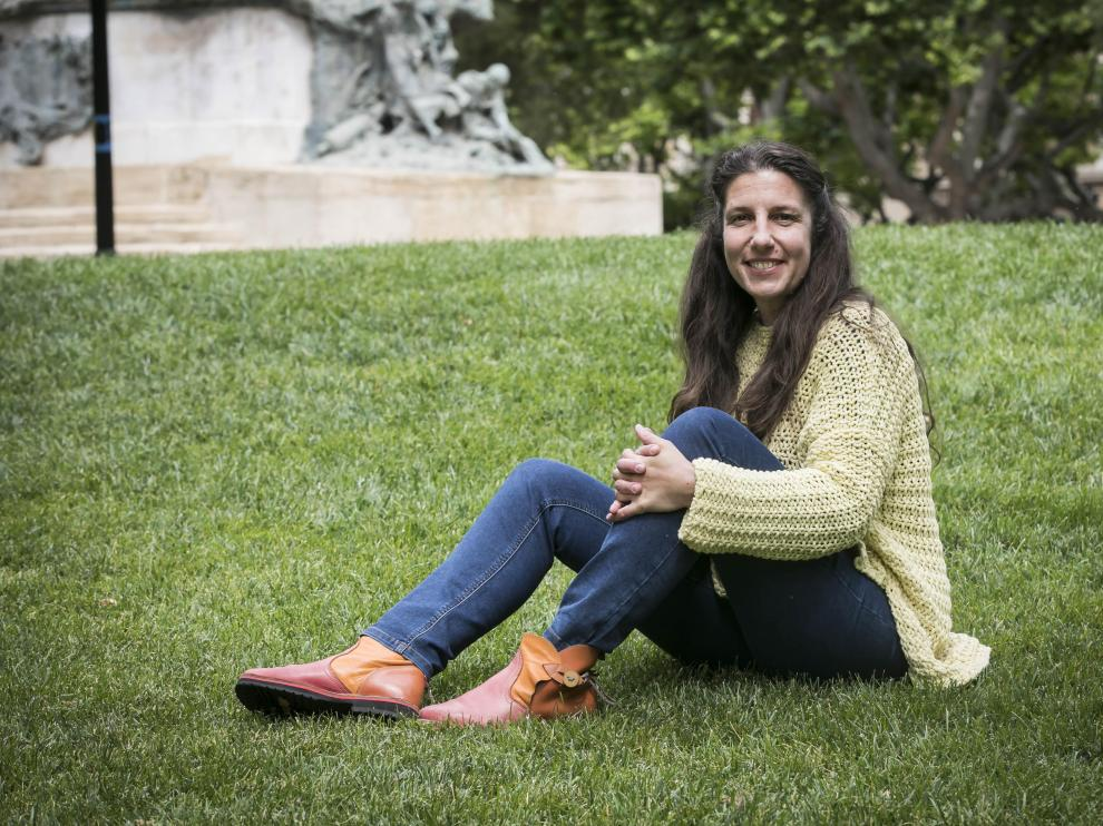 Eva Saldaña, nueva directora de Greenpeace, el pasado jueves en la plaza de los Sitios de Zaragoza.