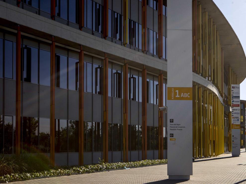 La DGA mantiene la propiedad de la mitad de las oficinas en las que se transformaron los pabellones interncionales.