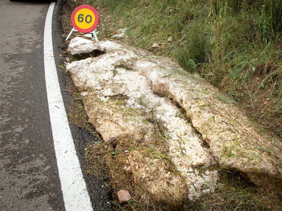 Afectados por el granizo en Santa Cruz de Grio