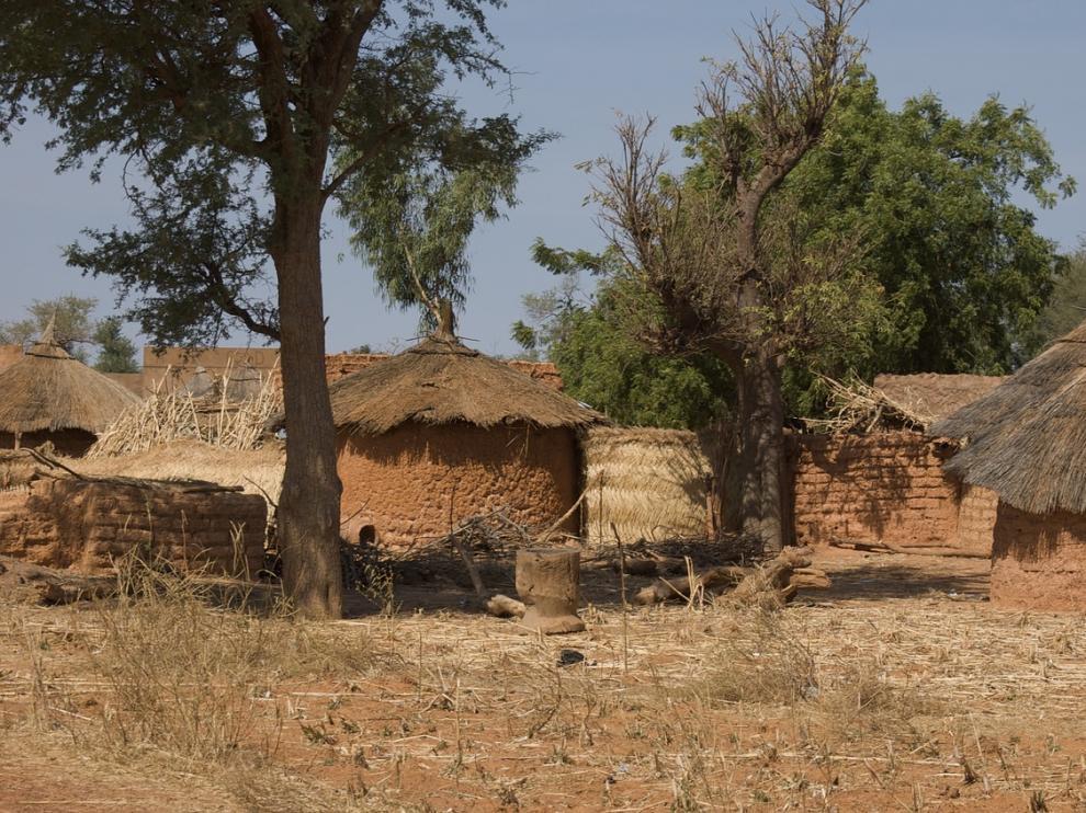 Foto de archivo de una aldea en Burkina Faso