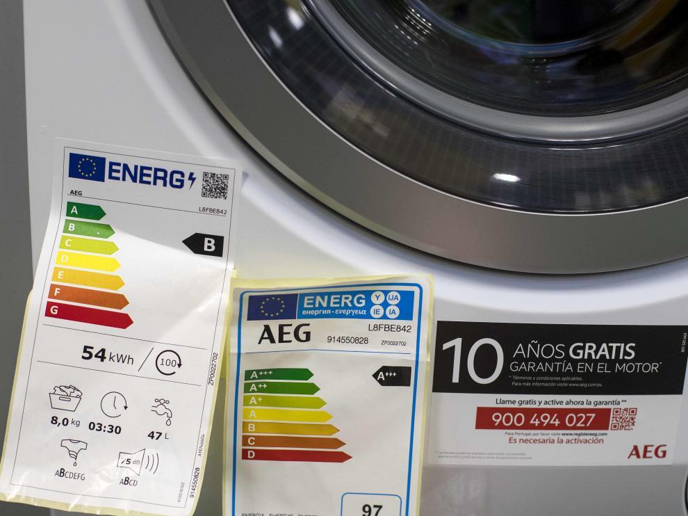 Incluso los aparatos con etiquetas de óptima eficiencia energética superan los 50 decibelios.