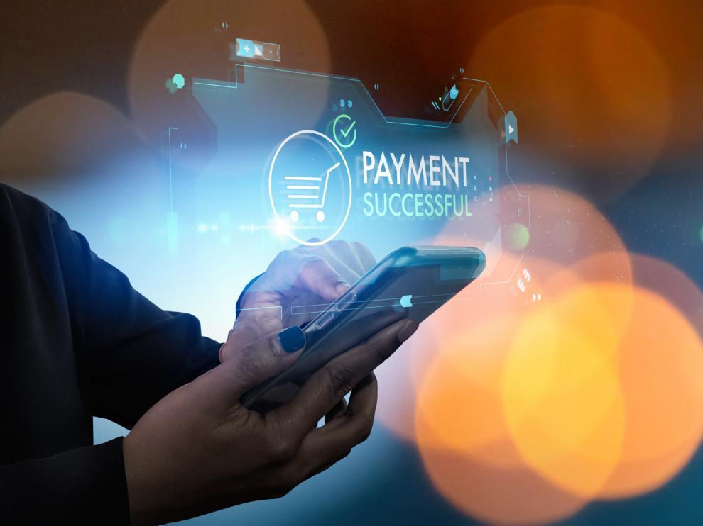 El 62 % de los consumidores administra sus finanzas desde internet