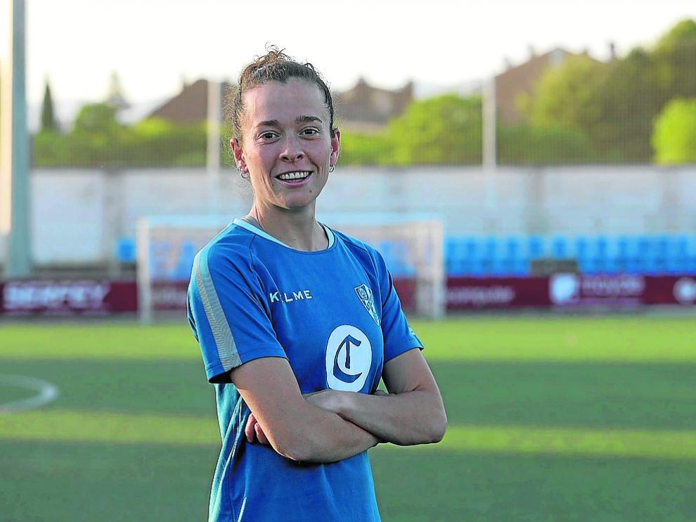 Nuria Mallada, antes de uno de sus últimos entrenamientos con la SD Huesca.