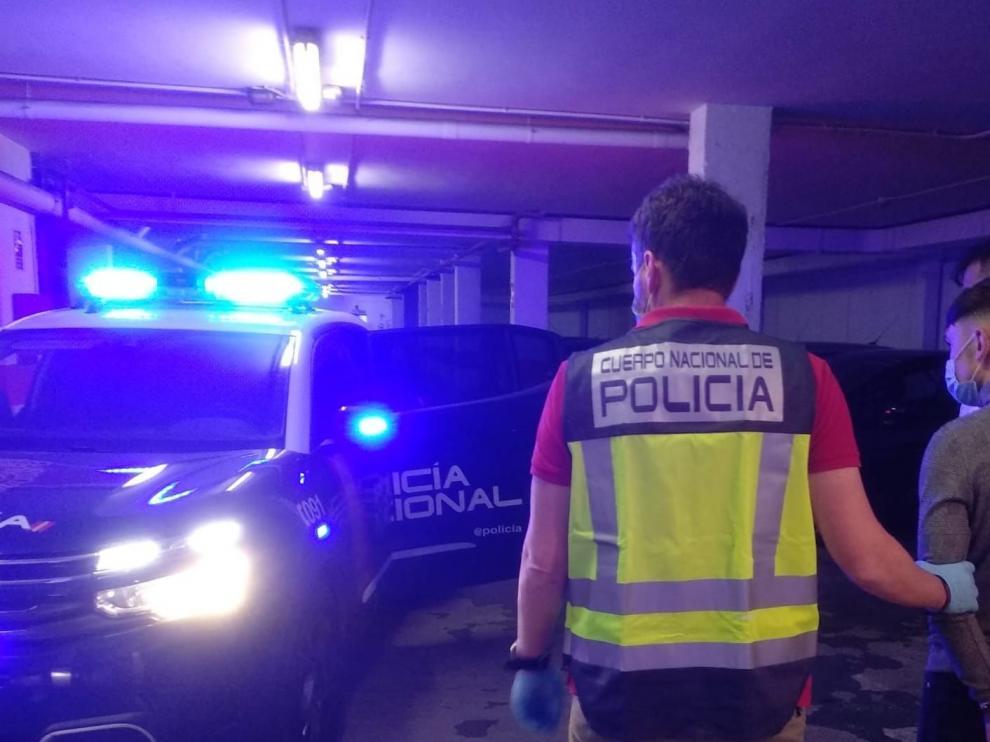 Detenidos por robar a usuarios de cajeros en Zaragoza