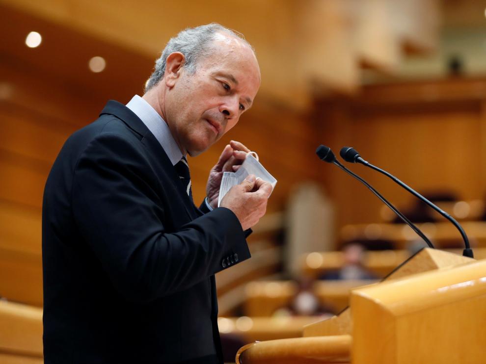 El ministro de Justicia, Juan Carlos Campo, interviene durante la sesión de control al Gobierno celebrada en el Senado