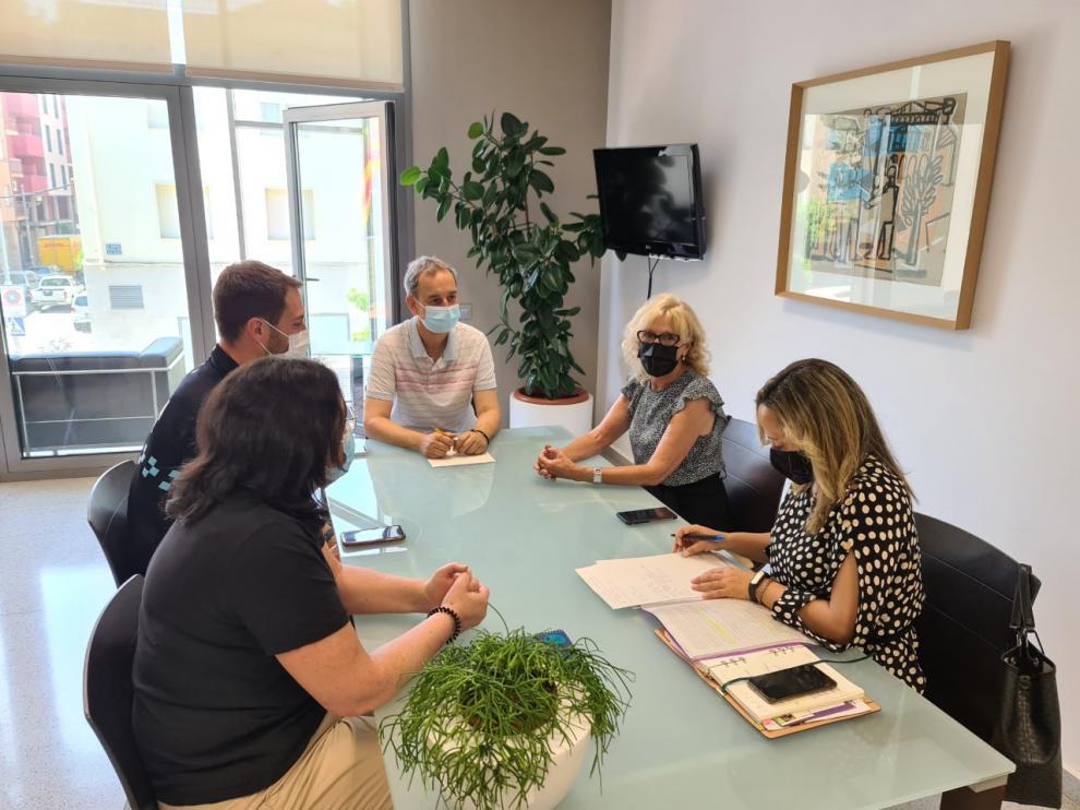 Reunión mantenida entre la subdelegada del Gobierno en Huesca y el alcalde de Binéfar sobre el Sistema VioGén.