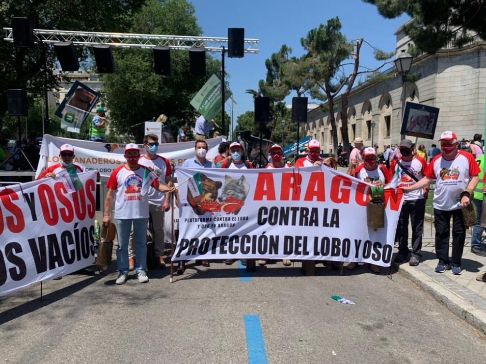 Ganaderos aragoneses en la concentración celebrada esta semana en Madrid frente al Ministerio.